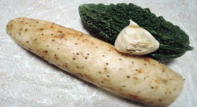 ナガイモとゴーヤの栄養価